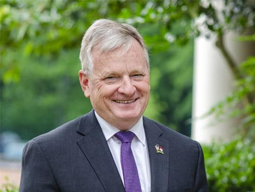Photo of Treasurer Dale Folwell