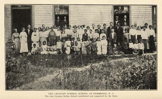 Students posing in front of the Croatan Normal School