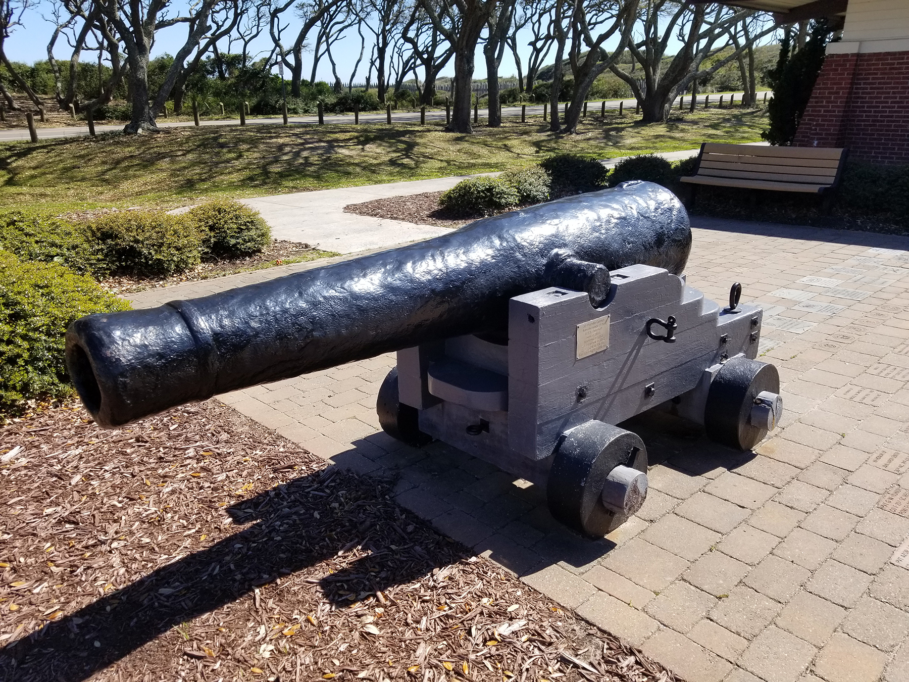 32-pounder smoothbore cannon in front of the Fort Fisher Visitors Center