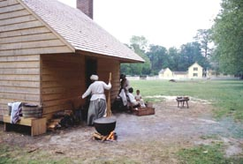 Living Historians portraying enslaved life at Somerset Plantation