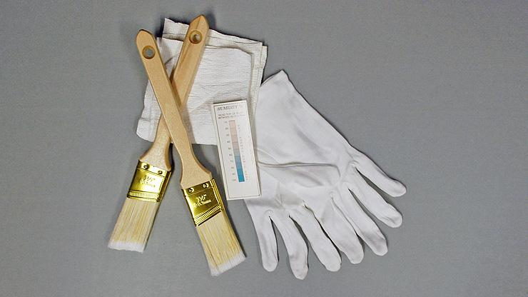 image of gloves and brushes