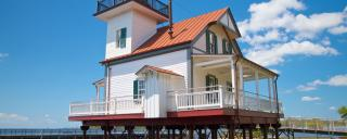 Roanoke River Lighthouse exterior