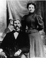 W. O. & Julia Wolfe - 1900.