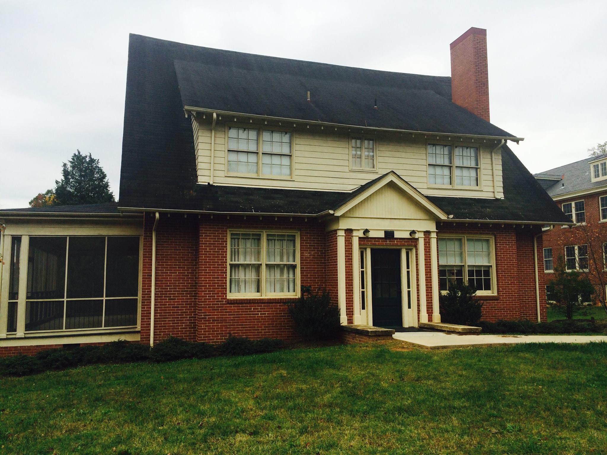 Massachusetts Congregational Cottage