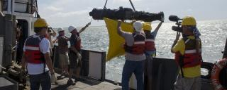 Staff and Crew Raise a Cannon for Conservation and Research at the Queen Anne's Revenge Wreck