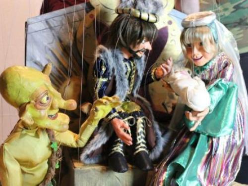Rumplelstiltsskin Marionette Theatre at Roanoke Island Festival Park