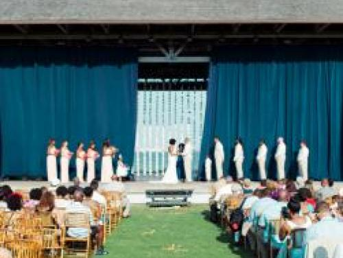 Wedding ceremony on the Pavilion Stage at Roanoke Island Festival Park