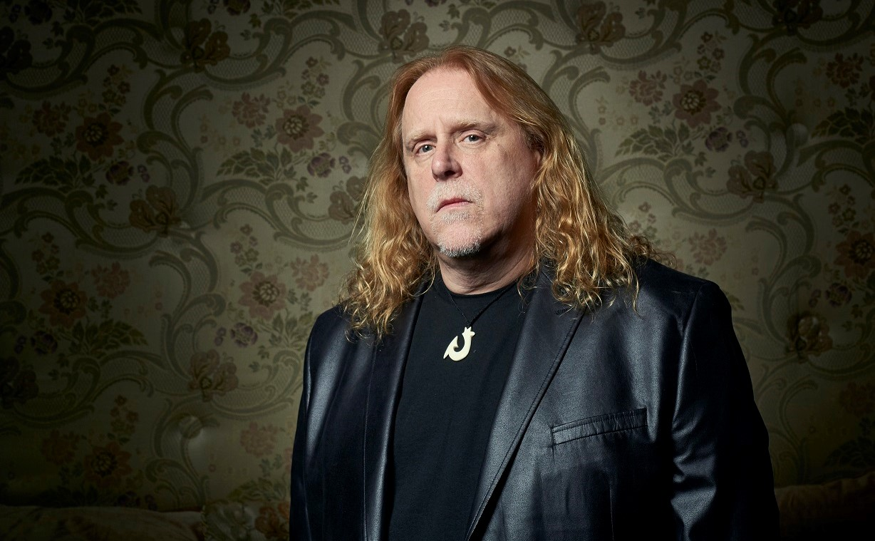 Portrait of Asheville guitarist Warren Haynes by Jacob Blickenstaff