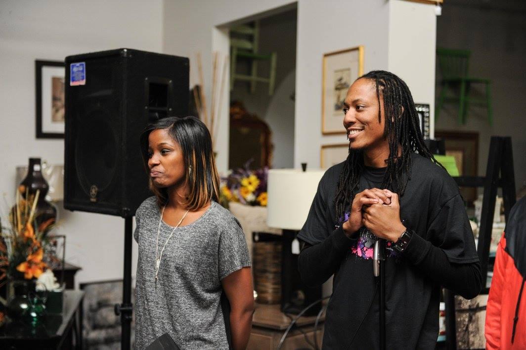 TheGifted Arts的联合创始人Nichole和CJ Morgan在2016年的活动上发言