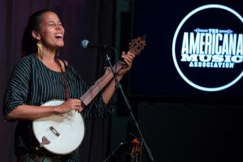 Rhiannon Giddens performs onstage at GRAMMY Museum on October 21, 2019 in Los Angeles, California. Photo: Alison Buck (Getty Images for The Recording Academy)