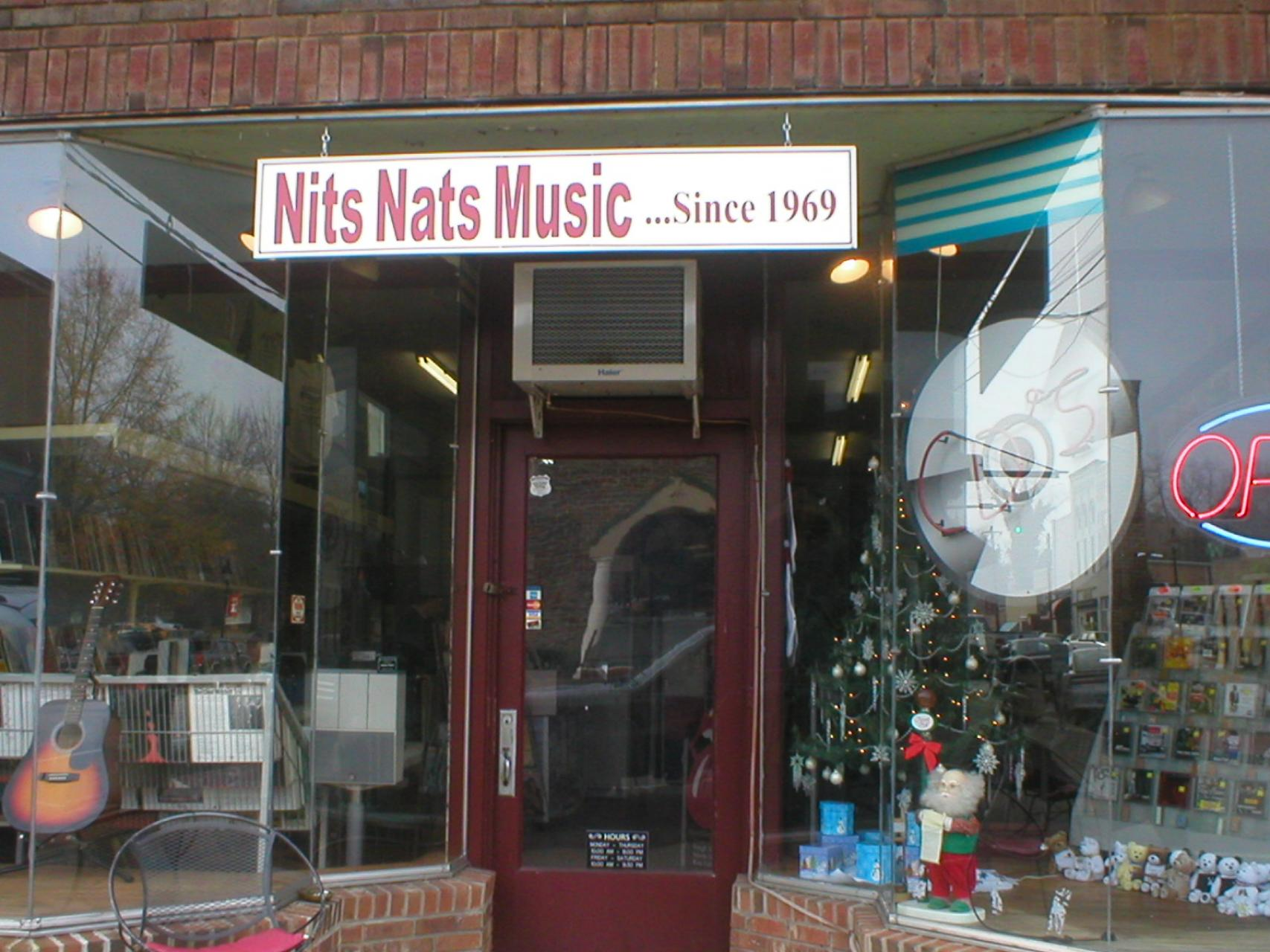 Nit Nats' Louisburg storefront in 2006