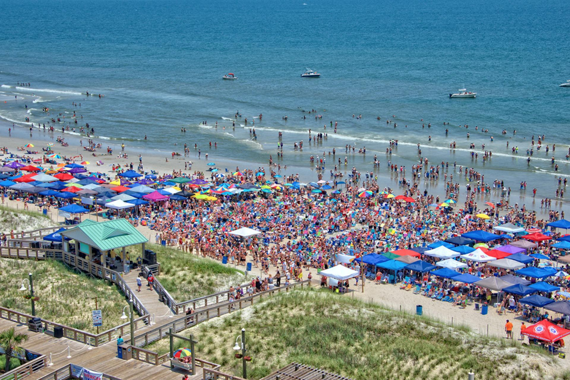 Carolina Beach packed full of music lovers