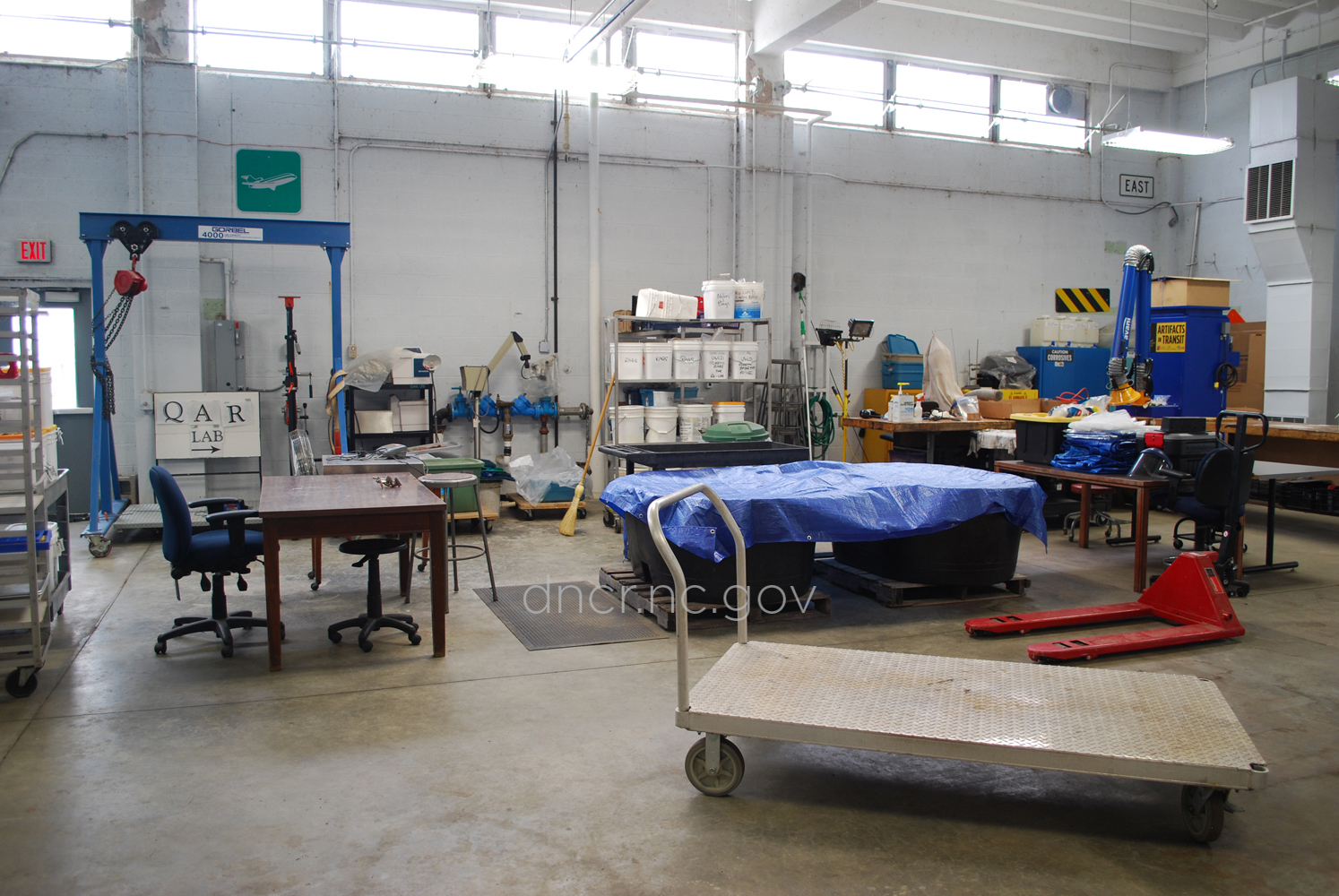 A view of the lab where artifacts from Blackbeard's ship are conserved