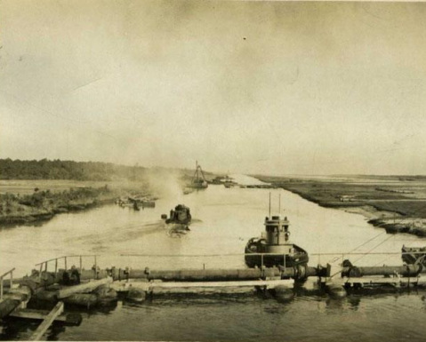 Tugboats in the Albemarle Canal