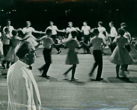 Lunsford at a Mountain Dance and Folk Festival in the 1960s.  Image from UNC Asheville