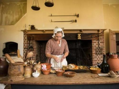 Making a Holiday Dish at Tryon Palace in New Bern