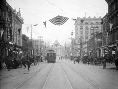 A Streetcar on Raleigh's Fayetteville Street