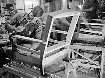 A Caldwell County furniture worker in 1943. Image from the State Archives.