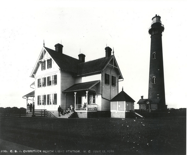 The lighthouse in 1898. Image from Outer Banks Conservationists, Inc.