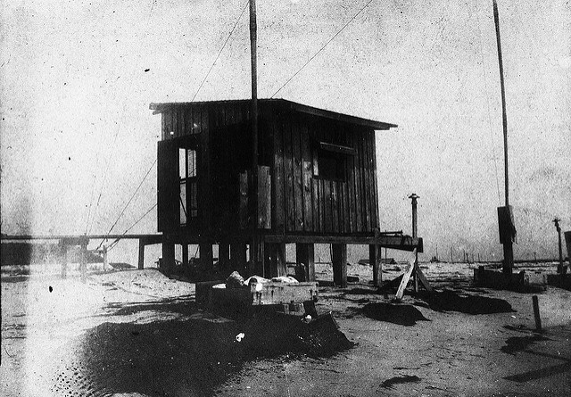 Fessenden's wireless station on Cape Hatteras, circa 1900-1902. Image from the State Archives