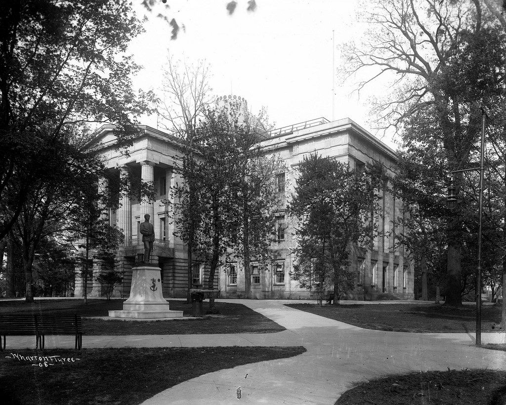 The State Capitol circa 1908. Image from the State Archives