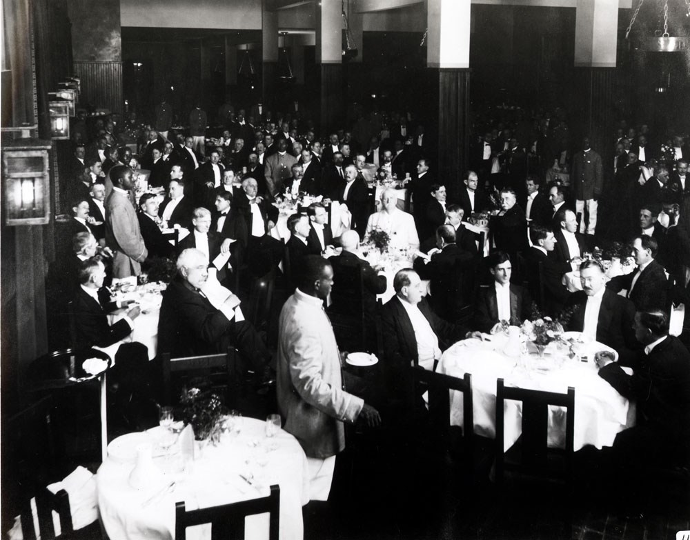 The Inn's opening banquet on July 12, 1913. Image from UNC Asheville's Ramsey Library.