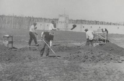 Archaeologists working at Town Creek in 1957