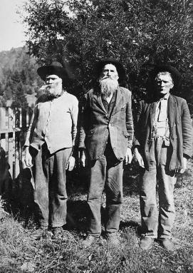 Civil War Confederate veterans. Photo from the State Archives.