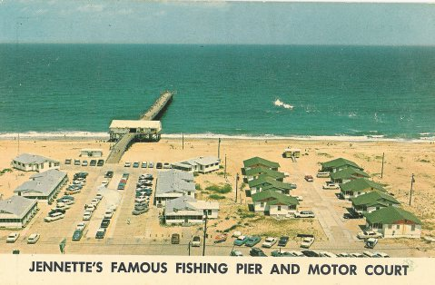 An early postcard featuring Jennette's Pier. Image from the Jennette's Pier.