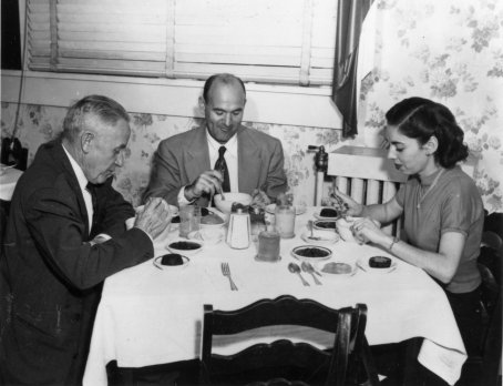 Kempner eats with two Rice Dieters., circa 1940. Image courtesy of  the Duke Medical Center Archives