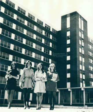 Students outside Scott Hall in the 1960s. Image from the Hunter Library at WCU.