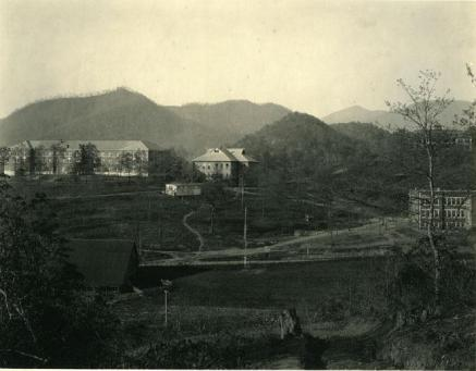 The Cullowhee School sometime between 1900 and 1920. Image from the N.C. Museum of History.