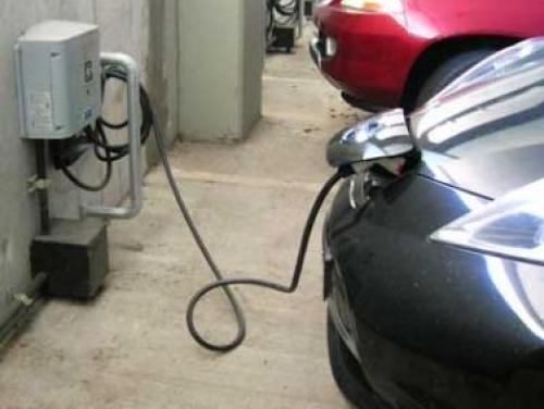 Car Charging Stations at Green Square