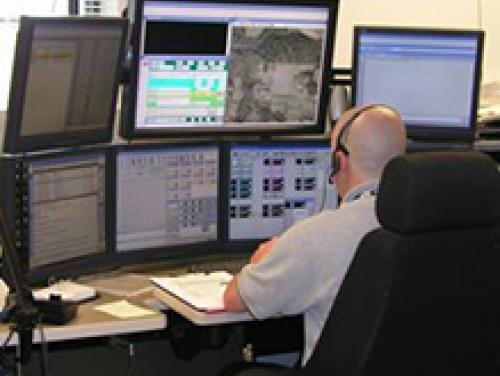 911 responder monitoring computer systems