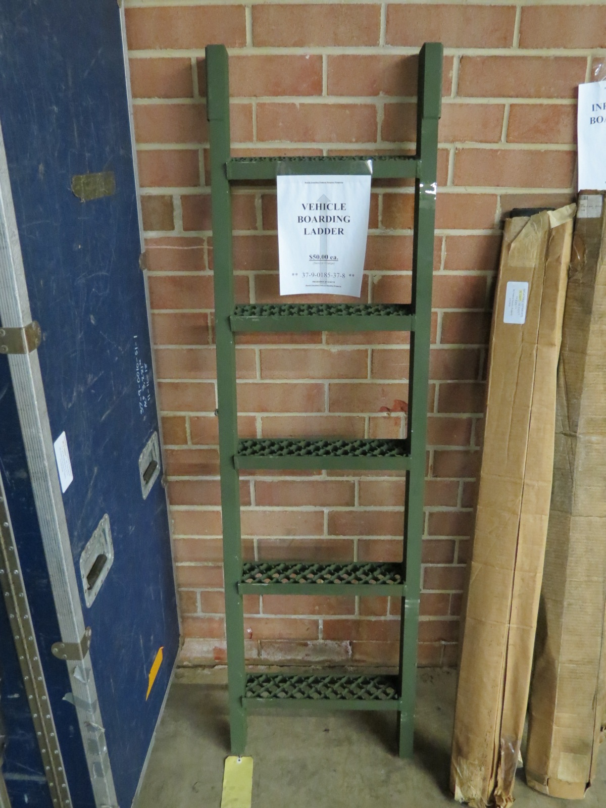 Vehicle Boarding Ladder