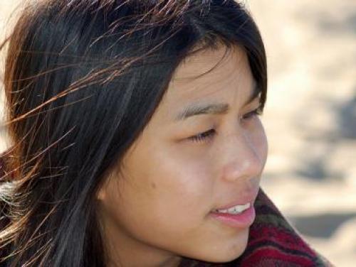 Image of American Indian girl