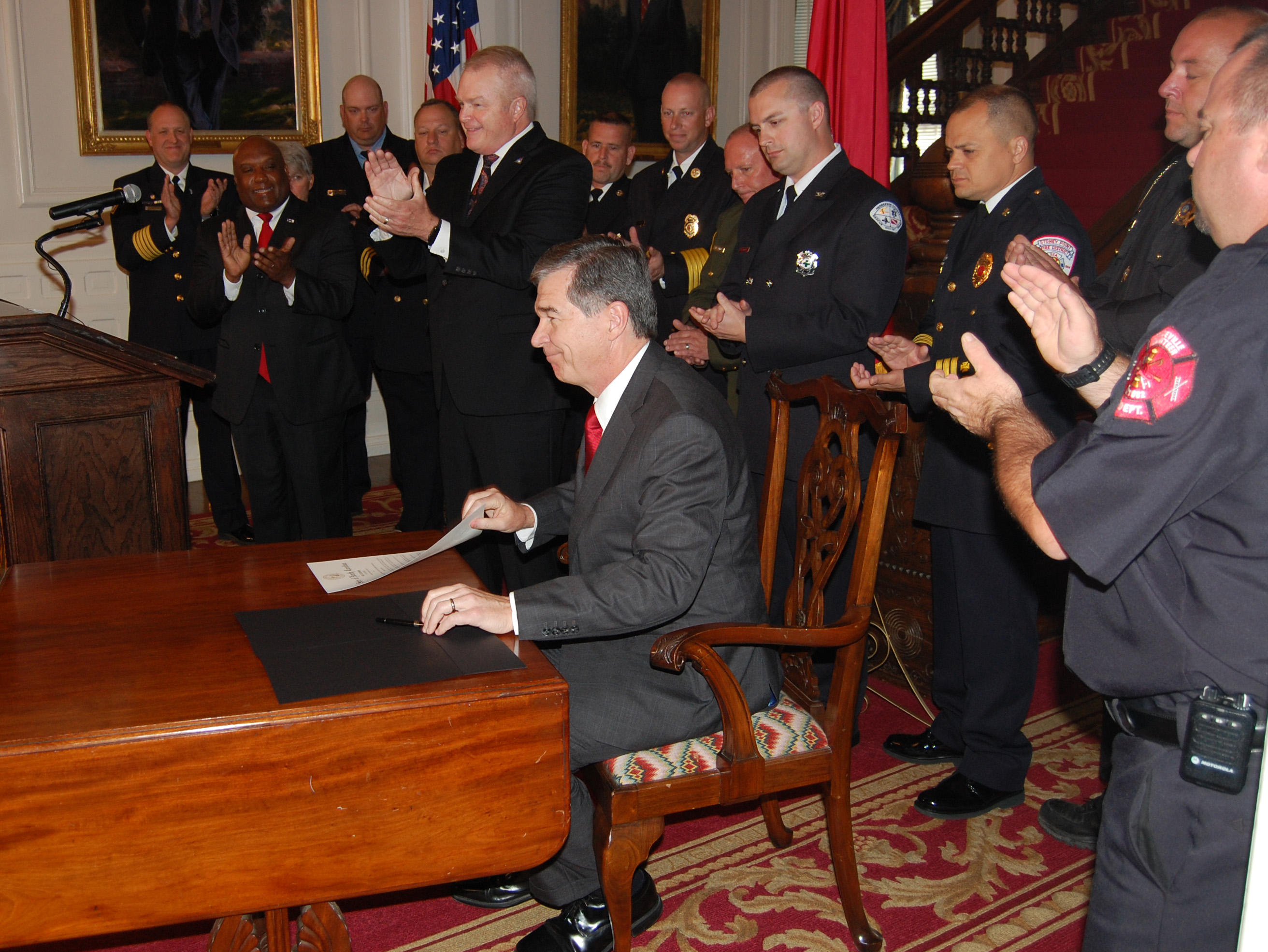 Gov Cooper sign proclamation