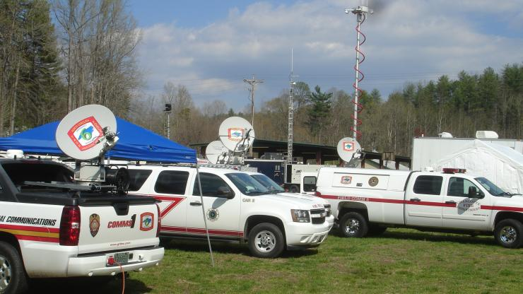 Emergency communicaitons vehicles