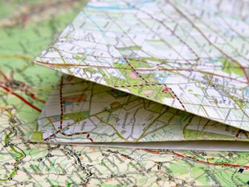 folded and flat state maps