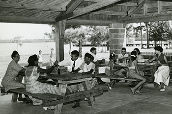 Families picnicking at Jones Lake State Park, circa 1950. Photo from the North Carolina State Parks archives.