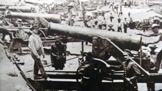 Historical image of a 24-pounder