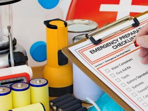Emergency preparation checklist and supplies