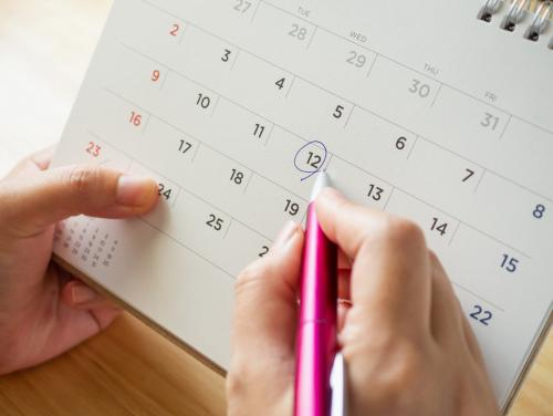 Circling a date on the calendar